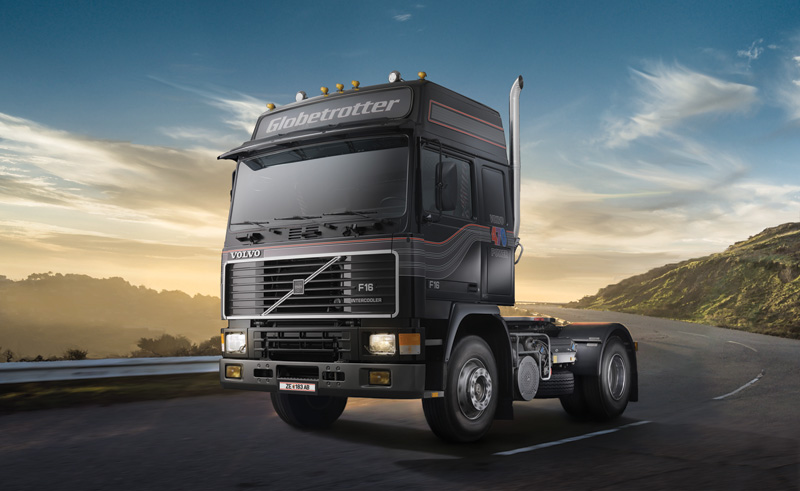 Italeri 1/24 Volvo F16 Globetrotter # 3923
