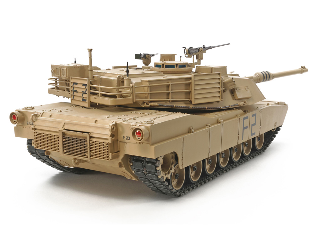 ★Massive 1/16 scale allows highly accurate recreation of the M1A2 and its angular, low-profile form.