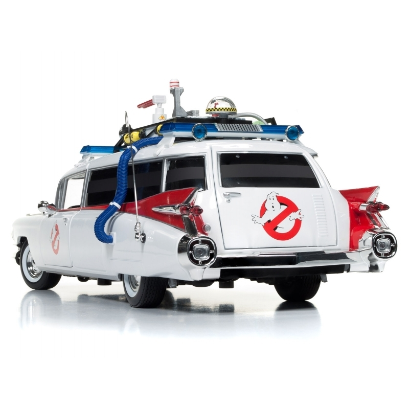 Auto World 1/18 Ghostbusters Ecto-1 # 118